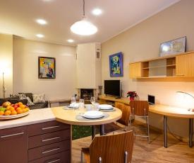 Kalnina Quiet Apartment in City Center