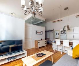 Modern Elizabetes street apartment