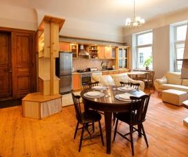 Riga City Family Apartment